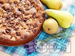 Лесен, вкусен и пухкав сладкиш / кекс с круши и шоколад за десерт - снимка на рецептата